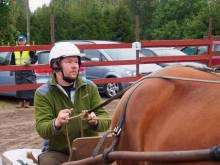 Markus yllättyi hevosen voimasta ja ravin antamasta vauhdista.